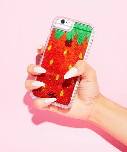 【Valfre(ヴァルフェー)】STRAWBERRY GLITTER iPhoneケース(HD_GL194)