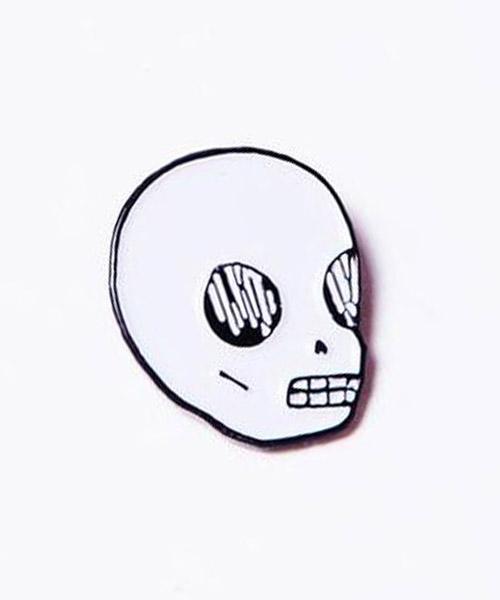 【Valfre(ヴァルフェー)】SKULL ピンズ(PIN-291)