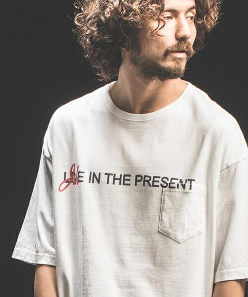 【Jih Nunc(ジーヌンク)】ビッグシルエットプリントTシャツ -LIVE IN THE PRESENT-(STC094)