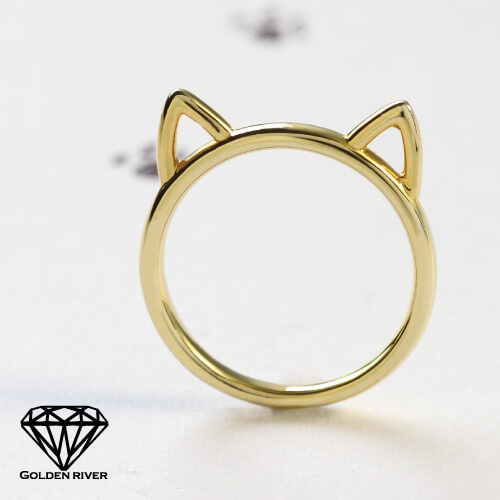 ゴールデンリバー猫カリング