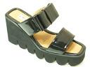 2251 platform sandals black