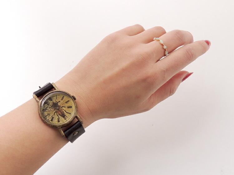 蜜蜂の腕時計