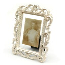 ■ goodygrams ■ white photo frame ABANI M antique picture frames display gadgets luxury classic classical Shabby Chic album memories Interior gadgets Cafe decor design frame