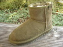 2010 emu emu ★★ model STINGER MINI stingers mini-olive water-repellent processing is considered to be it. Mouton boots this winter is fixed with emu, UGG, sheepskin boots of MOU, too♪
