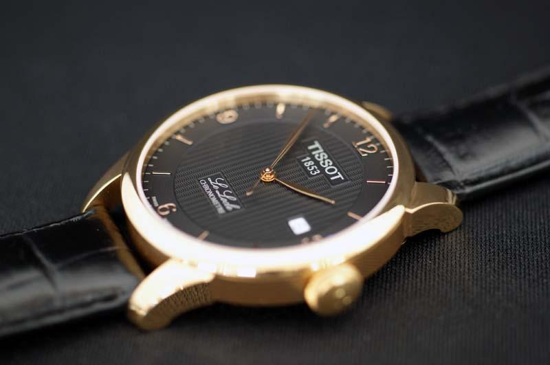 ухаживать tissot le locle automatic chronometer парфюмерное производство придает