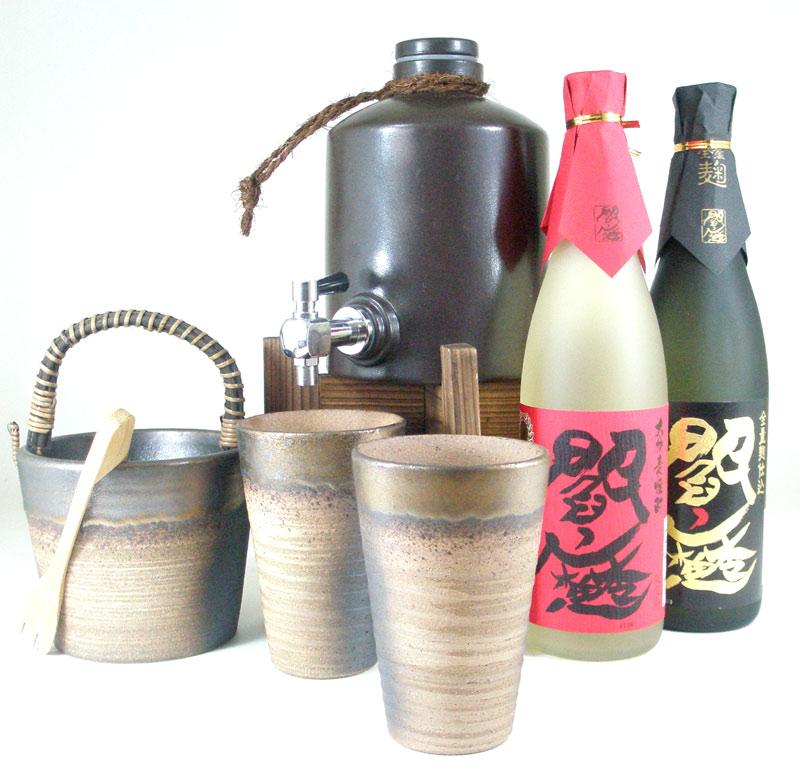 伝統の酒器で最高の味わい