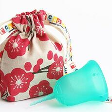 スクーンカップ (送料無料) 生理日をアクティブに快適に。タンポンやサニタリーナプキンにつぐ第3の新しい生理用品 日本女性にも使いやすい生理用月経カップ 色:ハーモニー(アクア)