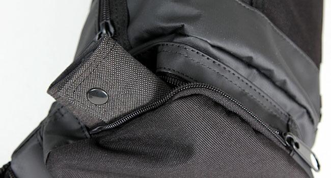 ラーキンス ボディバッグ 防水性・防汚性に優れたターポリン素材を使用 LARKINS LKPM-01