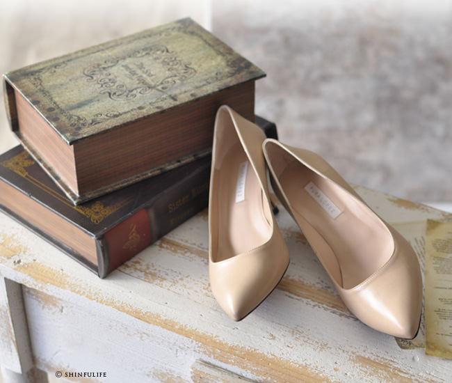 スペイン王室御用達の人気ブランド プーラロペス pura lopez 6cm ヒールパンプス<br />履きやすいきれいめパンプス 6センチヒール 痛くない 疲れない 歩きやすい 結婚式 セレモニーにも ブラック 黒 ベージュ plae411 写真ナチュラルベージュ