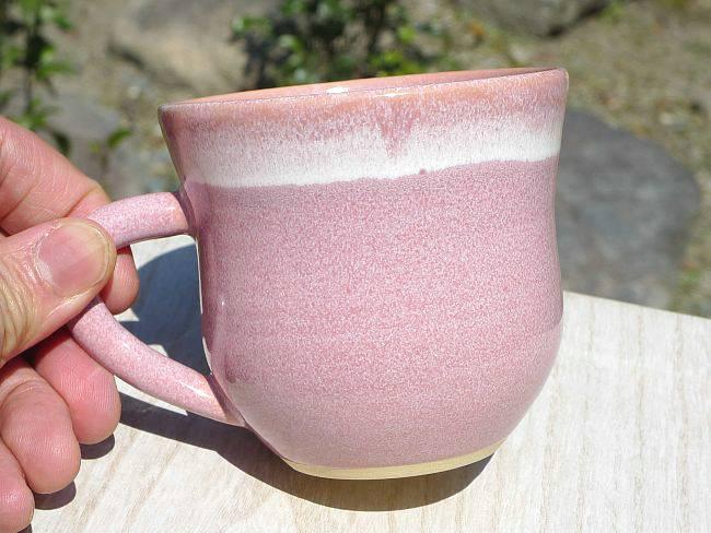 ピンクマグカップ