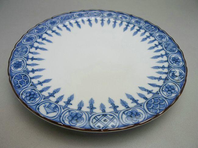 加藤芳山作染付瑶珞紋皿
