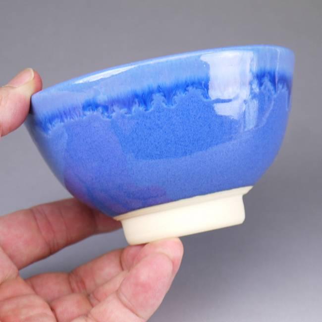 清水陶蓝釉的稻碗 (深-) 森林山由