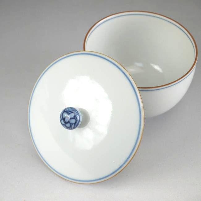 白磁蓋付き汲出碗