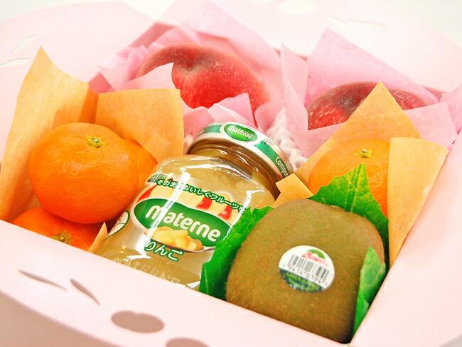 【お中元や夏のギフトに】桃、ハウスみかんの入ったプチフルーツギフト