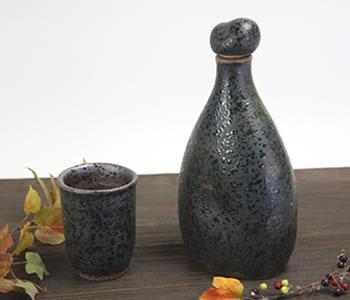 陶器のマイナスイオンボトル・緑色