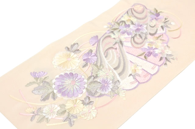 半衿 パウダーオレンジ 祝文刺繍 日本製 シルドール大柄刺繍衿