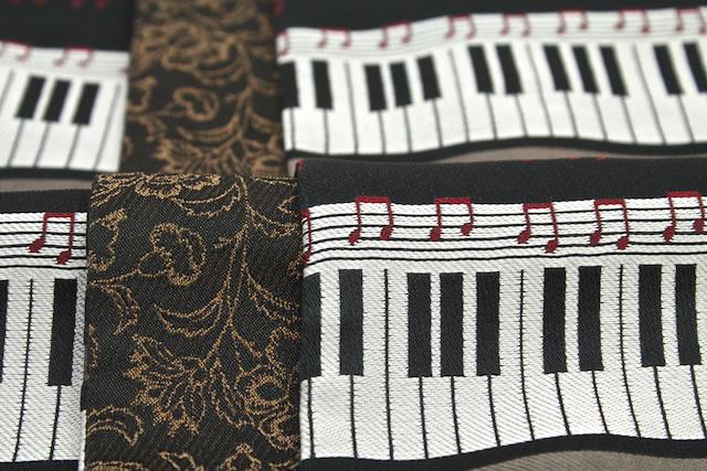 洗える半幅帯 ブランド ひさかたろまん 黒 ブラック ピアノ 音符 細帯 小袋帯 浴衣帯 半巾帯 着物 浴衣 ゆかた