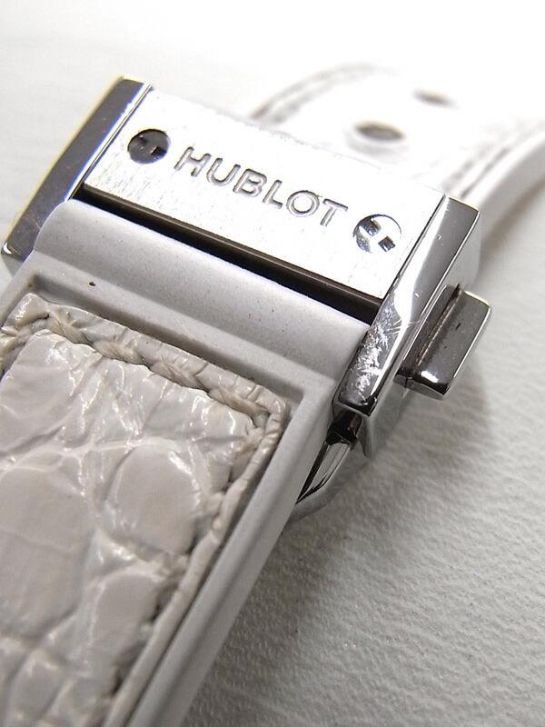 【HUBLOT】【電池交換済】ウブロ『クラシック フュージョン ベゼルダイヤ』581.NE.2010.LR.1204 レディース クォーツ 6ヶ月保証【中古】