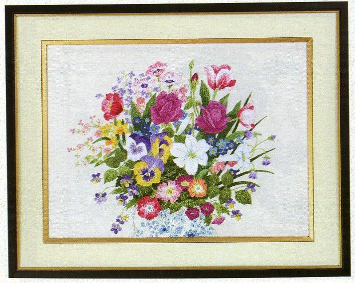 東京文化刺繍キット155「花瓶の花」(3号)