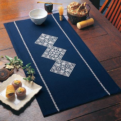 Olympus「こぎん」刺繍キット1 「テーブルセンター ふくべ」