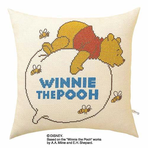 Olympusクロス刺繍キット5892「風船にのるプー」 ディズニー クッション 40cm角 Winnie the Pooh
