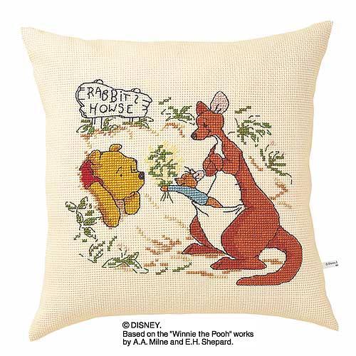Olympusクロス刺繍キット5922「プー&カンガ&ルー」 ディズニー クッション 40cm角 Winnie the Pooh