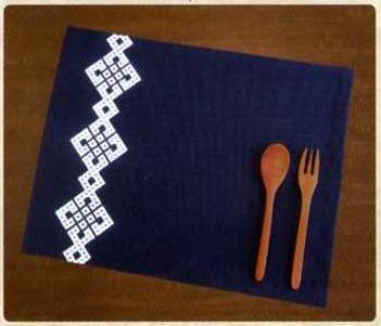 Olympus「こぎん」刺繍キット15 「ランチョンマット (紺)」