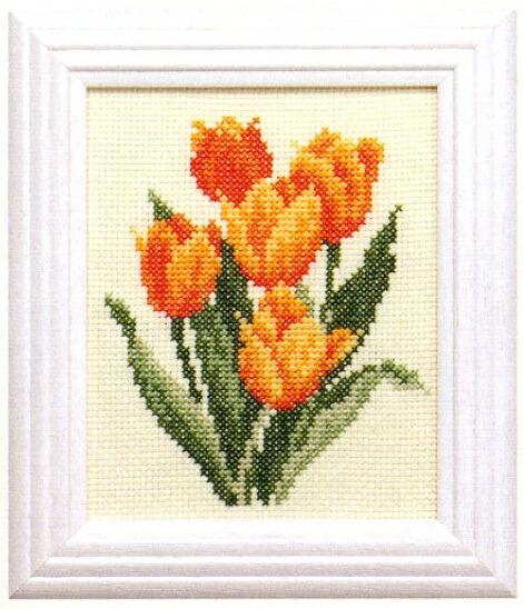 Cosmoクロスステッチ刺繍キット7823「チューリップ」(3月) Tulip コスモ ルシアン Lecien 四季を彩る花ごよみの贈り物