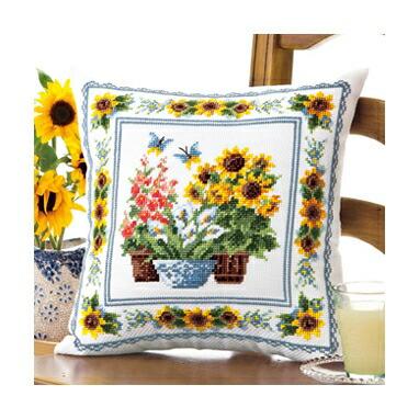 Olympusクロスステッチ刺繍キット6053 「サマーガーデン」 クッション40×40cm オリムパス オノエ・メグミの花のある暮らし ヒマワリ