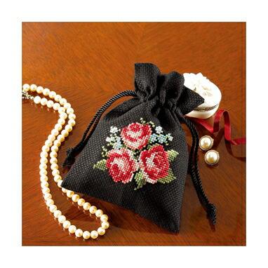Olympusクロスステッチ刺繍キット No.9017 「きんちゃく バラ」 花刺しゅうの優しい小物 Flower motif embroidery kit series 巾着