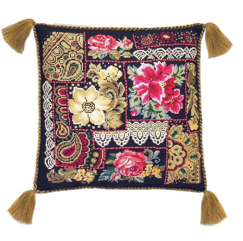 RIOLISクロスステッチ刺繍キット No.761 「The Flower Composition」 Cushion (フラワーコンポジション クッション40cm角) ロシアの刺しゅうメーカー「リオリス」製ししゅうキット