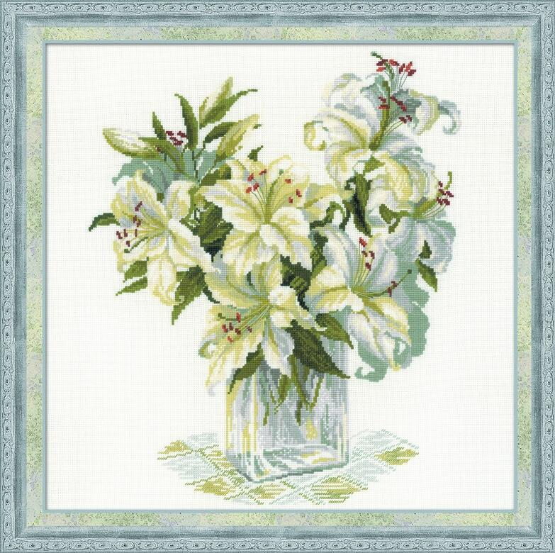 RIOLISクロスステッチ刺繍キット No.1169 「The White Lillies」 (白いユリ 百合) ロシアの刺しゅうメーカー「リオリス」製ししゅうキット