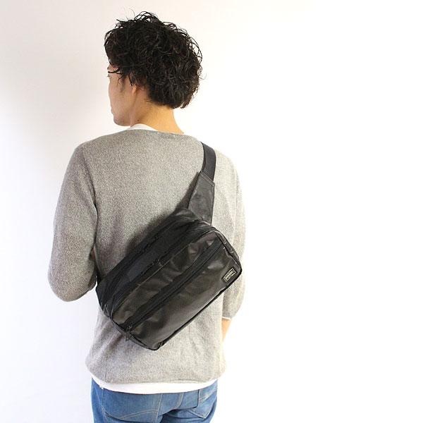 シンプルで使いやすいポーターのタクティカルウエストバッグ