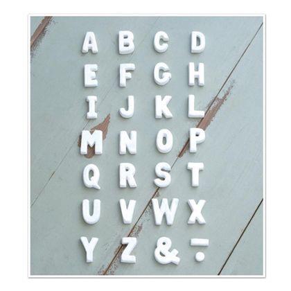 テラコッタアルファベットN ホワイト 奥1.2×高5cm 30490