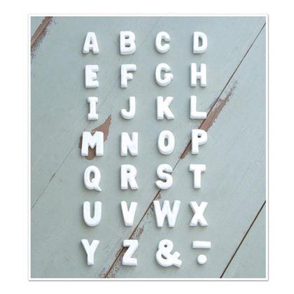 テラコッタアルファベットS ホワイト 奥1.2×高5cm 30495