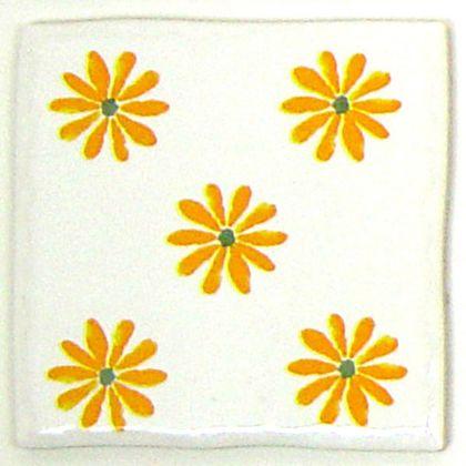手書き風ハッピータイル花柄 イエロー 約97×97×7mm HY-027GW