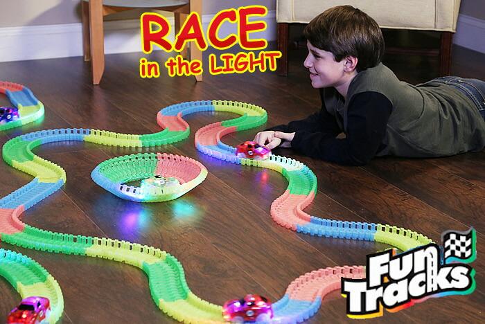 ファントラック FunTracksは、LEDライトを点滅しながら曲がりくねったトラックを走ります マジックトラック マジック トラック マジックトラックス  Magic Track Magic Tracks MAGIC TRACKS