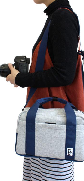 チャムス ショルダー チャムス CHUMS カメラボストンバッグ スウェット (ch60-0805) チャムス バッグ chums カメラバッグ チャムス CHUMS 店舗 CHUMS(チャムス)ONLINESHOP ペンギン オススメランキング プレゼント人気 通販 一眼レフ カメラバッグ デジカメケース ショルダーバッグ
