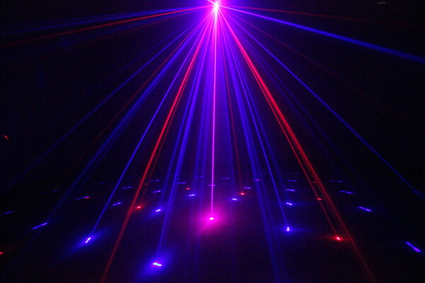 utsunomiya  라쿠텐 일본: 레이저 빔 레이저 무대 조명 RG + B (LED) 3 ...