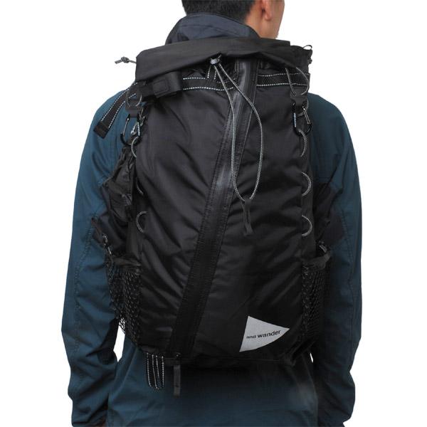 and wander 30L backpack black