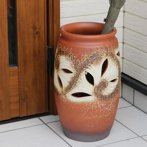 唐草彫り火色