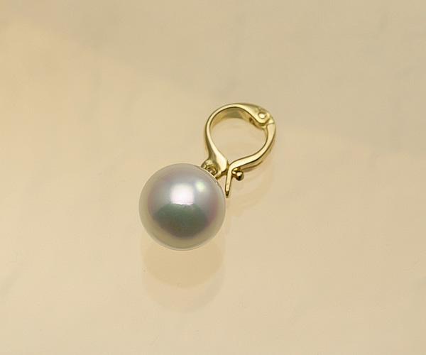 ピンクグリーンの美しい色目♪8.5mmあこや本真珠クリッカー(K18)【cl0042】