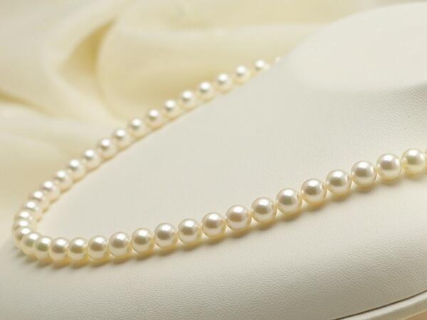 【真珠の本場 伊勢志摩よりお届け】ピンクにほんのりグリーン♪6.5〜7.0mmあこや本真珠 パールネックレス【nc0388】(右側アップ)