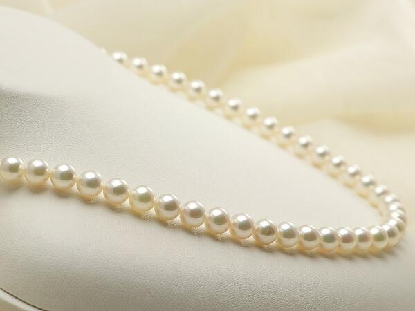 【真珠の本場 伊勢志摩よりお届け】上品な淡いピンクグリーン♪6.5-7.0mmあこや本真珠パールネックレス【nc0398】