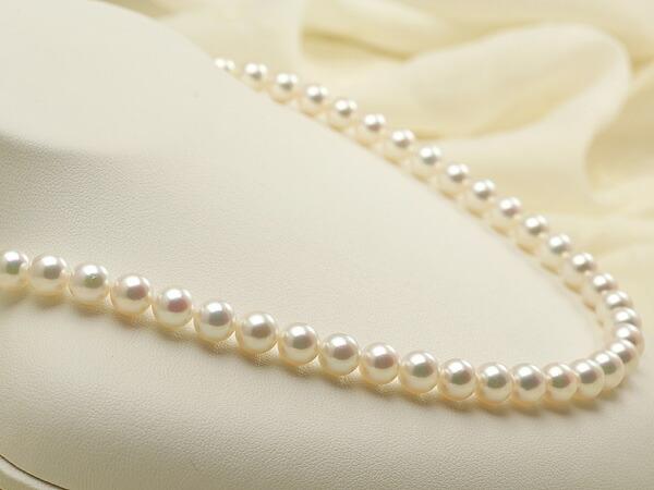 【真珠の本場 伊勢志摩よりお届け】淡いピンクの上品な輝き♪7.0〜7.5mmあこや本真珠花珠ネックレス・ピアスセット(鑑別書付)【48668】