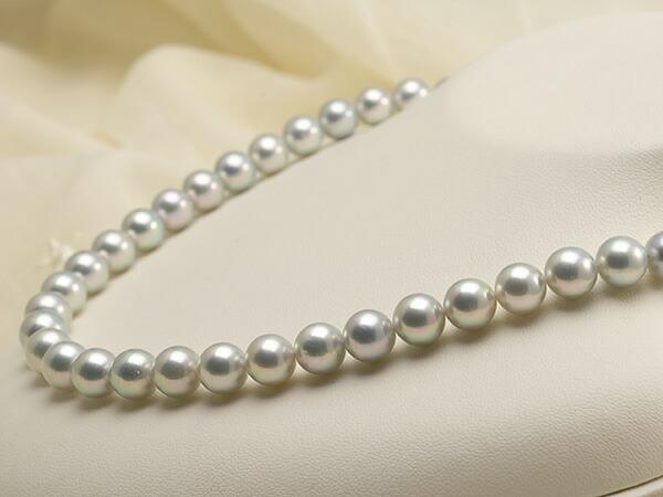【真珠の本場 伊勢志摩よりお届け】艶やかなグレーの輝き♪8.5〜9.0mmあこや本真珠シルバーグレーパールネックレス【nc0239】(右側)