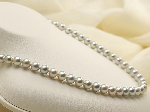 【真珠の本場 伊勢志摩よりお届け】落ち着いたグレーが魅力♪7.0-7.5mm あこや本真珠シルバーグレーパールネックレス【nc0457】(左側)