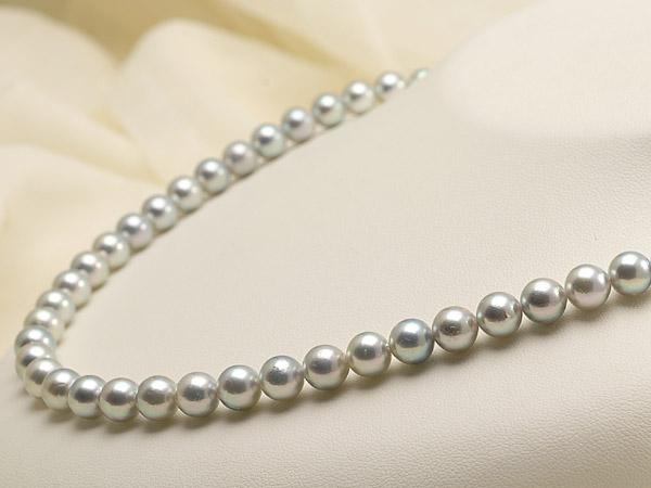 【真珠の本場 伊勢志摩よりお届け】深みのあるグレー♪7.0-7.5mm あこや本真珠シルバーグレーパールネックレス【nc0660】(右側)