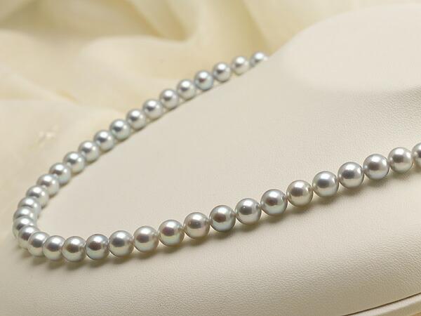 【真珠の本場 伊勢志摩よりお届け】淡いピンクが差す♪7.0-7.5mm あこや本真珠シルバーグレーパールネックレス【nc0665】(右側)