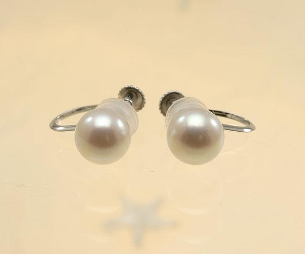 【真珠の本場 伊勢志摩よりお届け】淡いピンクが魅力的♪6.5mmあこや本真珠イヤリング(ネジ式)【eg0058】